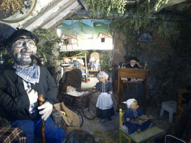 """A falta de una foto de Olentzero en acción, una de """"La casa del Olentzero"""", en Santa Cruz de Campezo (Foto: Vega García Humayor)"""